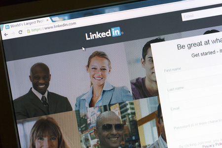 Communicate on Linkedin