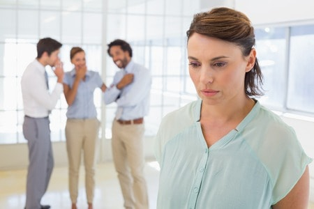 3 daily habits that cause relationship damage
