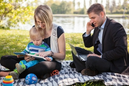 Featured Post: 6 ways hard working dads can support gender balance at home