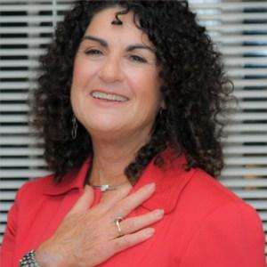 Dr. Anne Perschel