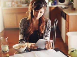 financially savvy habits